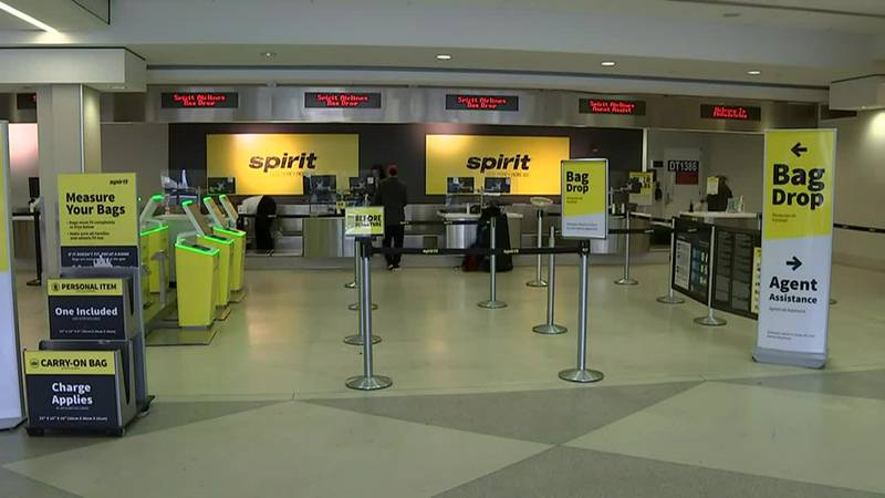 Spirit Airlines enters a third consecutive day with significant disruptions.