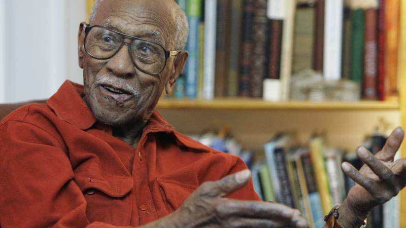 In this Jan. 14, 2009, file photo, civil rights leader and political activist Timuel Black...